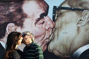 BERLINO- Il bacio